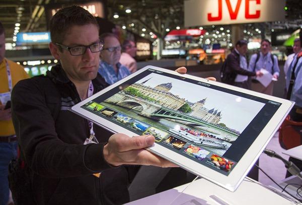 Microsoft y Panasonic exhiben tablet de 20 pulgadas con Windows 8