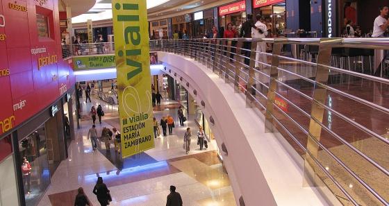 Cinco grandes superficies y 1.200 tiendas podrán abrir todo el año y las 24 horas